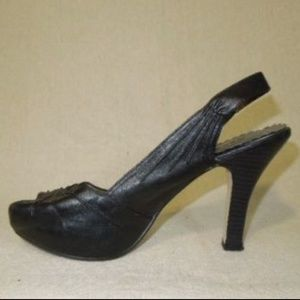 MADDEN GIRL Black Pumps Sz 8